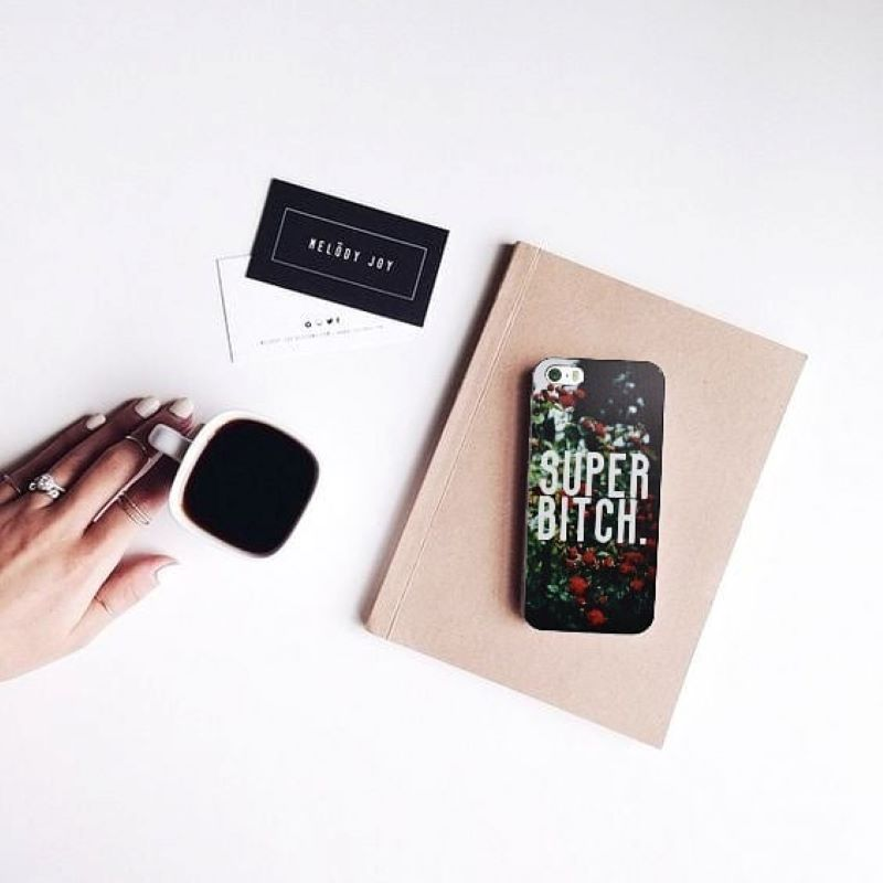 Plastový kryt na iPhone 5/5S/SE Super Bitch