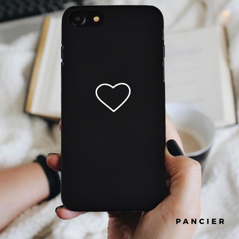 Apple iPhone 7/8 plastový kryt BLACK SMALL HEART