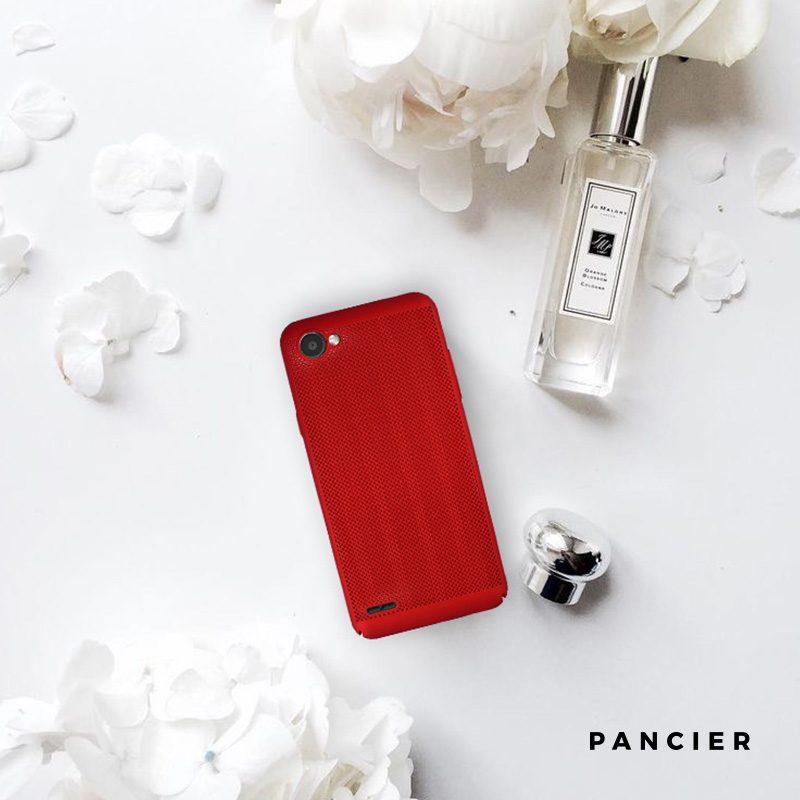 Plastový kryt na LG Q6 dierkovaný Red