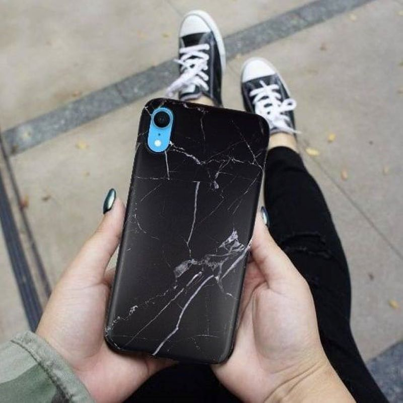 Silikónový kryt na iPhone XR s popsocketom Black Marble