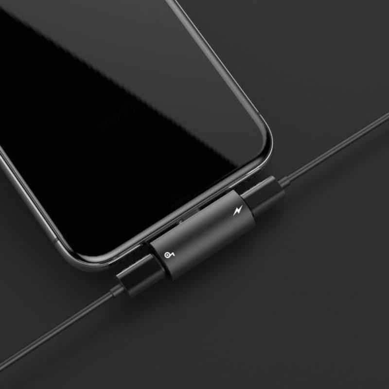 Baseus Dual Lightning Headphone Audio Charge Splitter